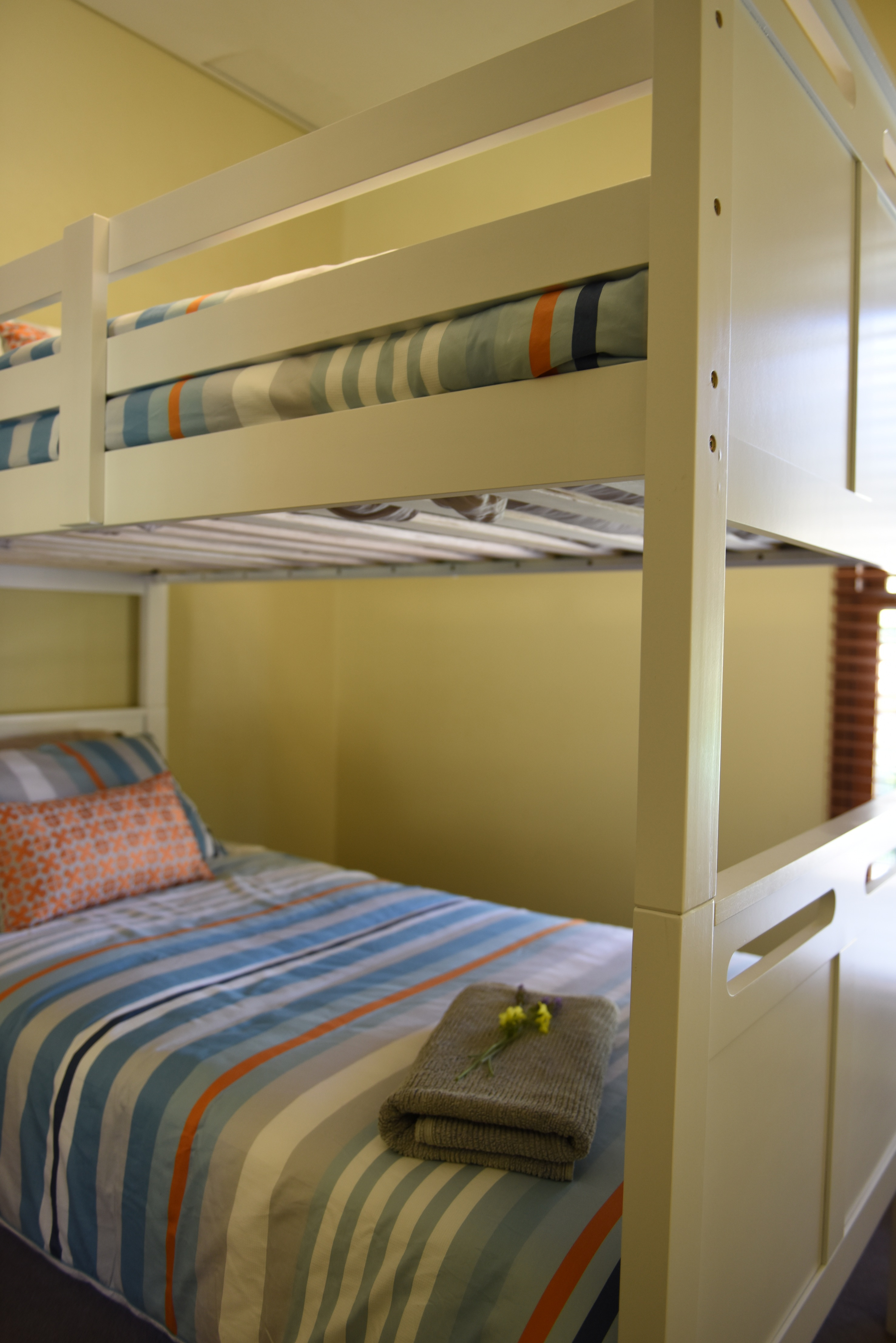 Bunk Bedroom at Tullluc Cottages in Darlington Point